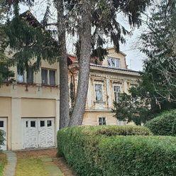 Predaj dvoch historických domov v centrálnej časti Zobora v Nitre