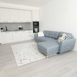 Klimatizovaný 2.5i byt, po kompletnej rekonštrukcii z r. 2021, Ružinov