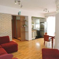 Prenájom 3 - izb. bytu v Ružinove na Teslovej ul.