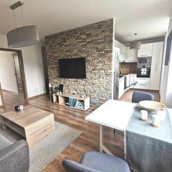 Na predaj krásny 2.izbový tehlový byt, sídlisko Podhradová na ul. Cesta pod Hradovou