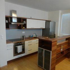 BA II. Na prenájom 2 izbový byt v novostavbe s parkovaním na Podzáhradnej ulici pri Bille