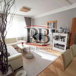 Na predaj 3 izbový byt s dvoma pivnicami a vyhradeným parkovaním na Šalviovej ulici v Ružinove - síd