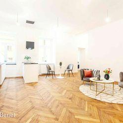 Arvin & Benet   Elegantný, staromestský 3i byt v ikonickej pasáži