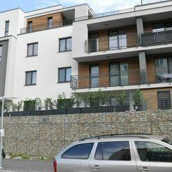 NOVOSTAVBA 2-izb. bytu s garážovým státím