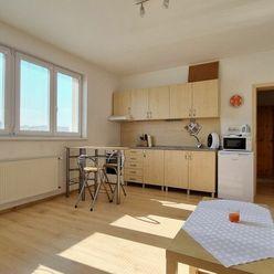 1 - izbový byt Žilina - centrum