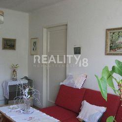 Predaj 2 izbový tehlový byt v Nitre. ODPORÚČAME OBHLIADKU
