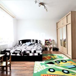 Veľký 2 izbový byt na Podháji