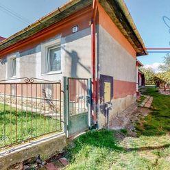 P R E D A J 4 izbový rodinný dom s pozemkom, o rozlohe 997 m2 v Diviakoch nad Nitricou