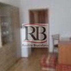 Na prenájom 1-izbový zariadený byt s loggiou na Račianskej ulici, BAIII