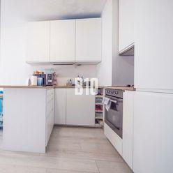 NOVOSTAVBA - 2 izbový apartmán v projekte ROSNIČKA