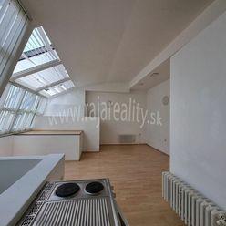 Administratívny priestor na Obchodnej ulici - 40 m2