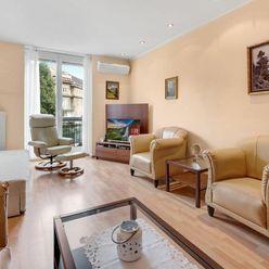 HERRYS - Na predaj 2 izbový byt s balkónom orientovaným do nádvoria