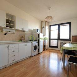 Prenájom, priestranný 3-izbový byt, Nitra–Klokočina
