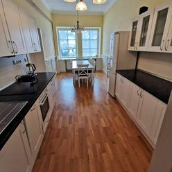Prenajmem lukratívny, 85 m2 veľký, 2 izbový byt v Poprade - Veľkej