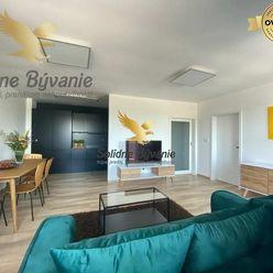 TOP! Moderný 2 izbový byt v centre mesta s 2 parkovacími miestami