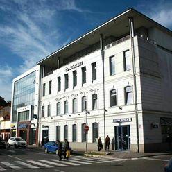 Kancelárie od 9 - 29 m2 na prenájom 6 EUR /m2  v centre mesta Zvolen