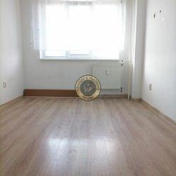 Slnečný 1izbový byt s krásnym výhľadom Dubnica nad Váhom