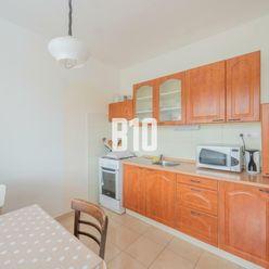 3-izbový byt s loggiou vo výbornej lokalite