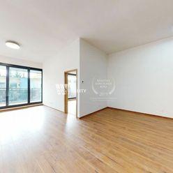 NOVOSTAVBA_Prenájom 2+kk izb. byt s veľkou loggiou a parkovaním /77m2/ CENTRUM - Žilina