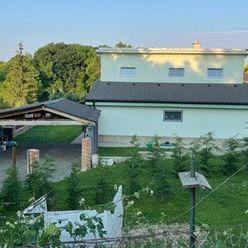 Nový 4-izb. rodinný dom s pekným pozemkom a výhľadom v Suchej nad Parnou