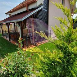 Samostatný 4-izbový rodinný domček