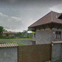 Rodinný dom - Chalupa s krásnym pozemkom - Bačkov