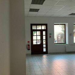 BONIT REAL - Na prenájom obchodný priestor v centre mesta Pezinok – 56,45m2