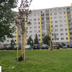 Predaj 4 izbového bytu v Petržalke, Wolkrova ulica.
