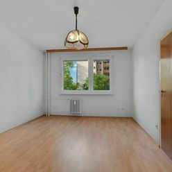 3 izbový byt po čiastočnej rekonštrukcií na Korytníckej ulici