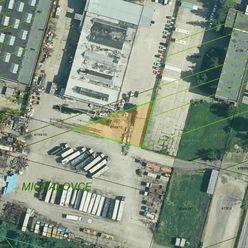 Pozemok v priemyselnom areáli v Michalovciach.