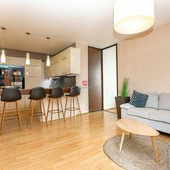HERRYS - Na prenájom priestranný 3 izbový byt s loggiou v projekte Vienna Gate v Petržalke