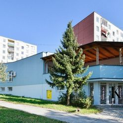 Zrekonštruovaná prenajatá polyfunkčná budova s možnosťou nadstavby niekoľkých podlaží (BYTY) – Trenč