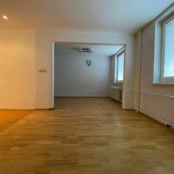 Výhradný predaj 3-izb. bytu s loggiou v tichom prostredí parku