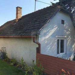 Directreal ponúka Starší rodinný dom na priestrannom pozemku