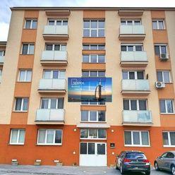 Budeme predávať 2-izbový, tehlový byt na Kašmírskej ulici.