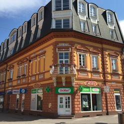 Reprezentatívne a priestranné kancelárie na prenájom priamo na námestí mesta Poprad