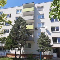 3-izbový byt s loggiou v priamom centre