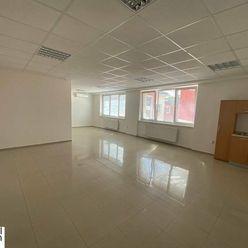Kancelária 62 m2 - Hospodárska - kuchynka, WC - od 01.09.2021