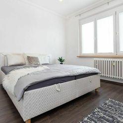 Na predaj priestranný 1-izbový byt v Bratislave - m.č. Ružinov
