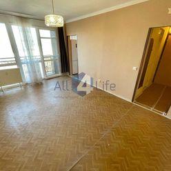 Čiastočne zrekonštruovaný 2-izbový byt na Trajane