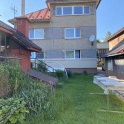 Rezervovane-Predáme pekný priestranný rodinný dom v Podbrezovej na krásnom pozemku