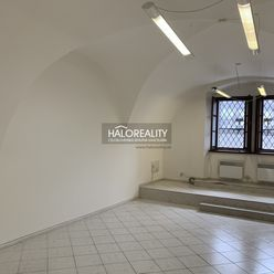 HALO reality - Prenájom, polyfunkcia/obchodné priestory Banská Bystrica, Centrum, Horná