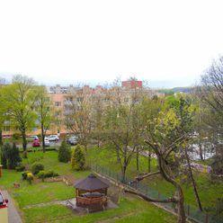 Directreal ponúka Príjemný 3.izbový byt s 2. balkónmi 2.min do centra