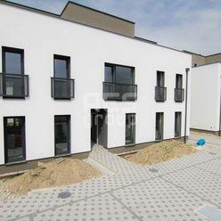 PREDAJ, skolaudovaný 2 izbový byt s predzáhradkou a parkovaním, StupavaDubravy, C2