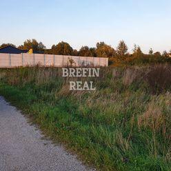 Pozemok na poľnohospodárske účely - 1236 m2 vo Veľkých Levároch.
