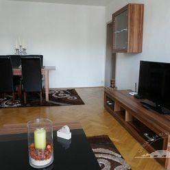 Prenájom - veľký 3 izbový byt, Nitra - Chrenová