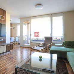 HERRYS - Na prenájom priestranný kompletne zariadený 3 izbový byt s klimatizáciou a vyhradeným parko