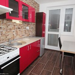 Prenájom 1 izbového. zariadeného. kompletne zrekonštruovaný veľkometrážneho bytu 42 m2
