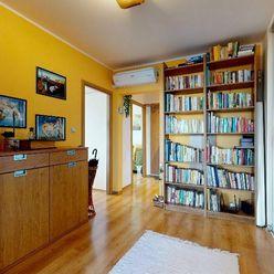 Veľkorysých 102 m2 -4 -Izb. byt - v Nitre s dvomi balkónmi a šatníkom a zariadený