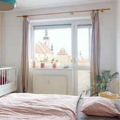 Veľký 2-izbový byt na Hospodárskej ulici s prekrásnymi výhľadmi